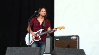 Feeder - Just the Way I'm Feeling live at V Festival 2010