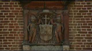 preview picture of video 'Hampton Court Palace: an introduction'
