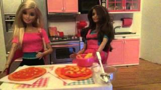 The IK Show Episode 1 (A Barbie stop motion)