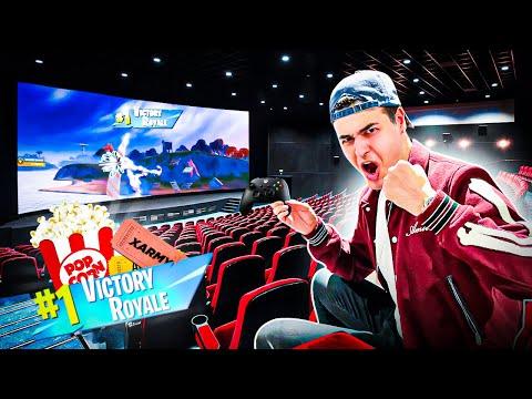 رفتم سالن سینما فورتنایت و فیفا بازی کردم 😱 Playing FORTNITE in CINEMA