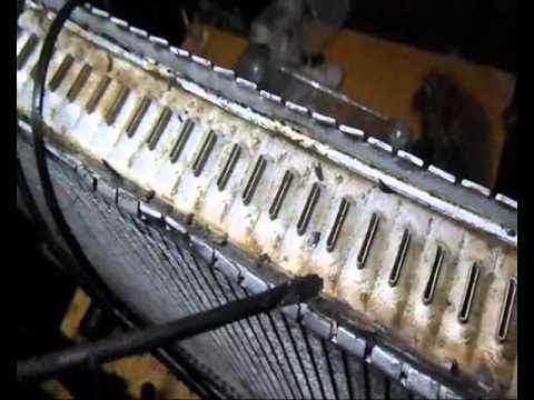 Ремонт радиатора Volvo/течь с под уплотнителя бачка/пайка, ремонт бачка