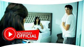 Hello - Biarkan  Berlalu (Official Music Video NAGASWARA) #music