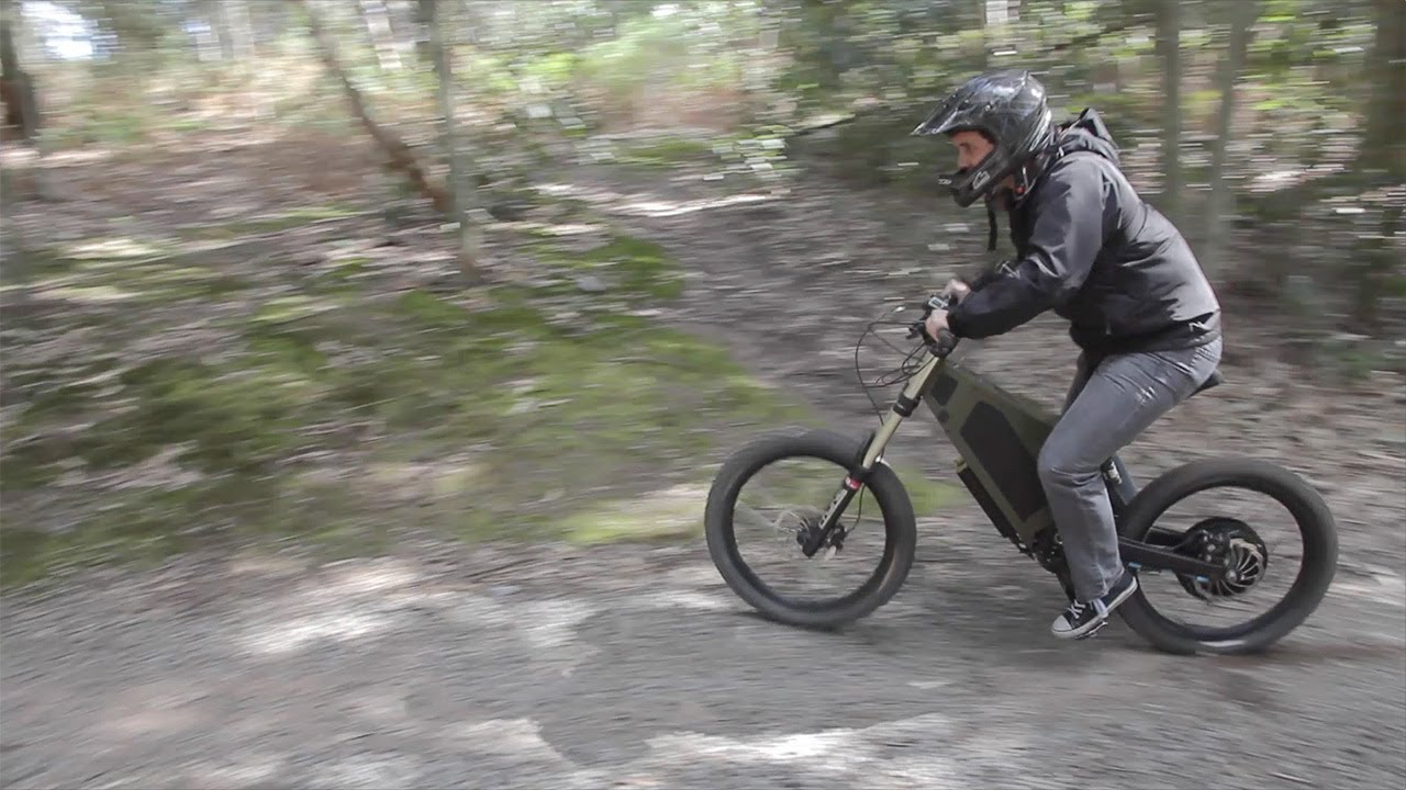 Gizmodo Test Drives Stealth Bikes: Australian Technology Meets Electric Dirt Bike Speed