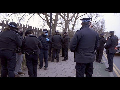 Police close down peaceful social-distanced Kurdish protest