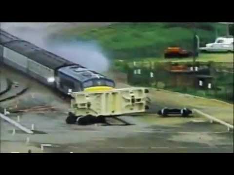 Download Destruction compilation Destroyed in seconds HD Mp4 3GP Video and MP3