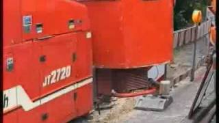 preview picture of video 'DSL Glasfaser Leerrohrverlegung mit einem Horizontalbohrgerät in Lunestedt an der Hauptstr.'