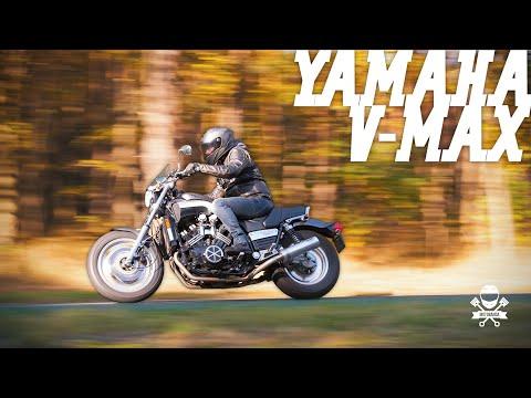 Legendarny Drag Bike - Yamaha Vmax. Nie skręca, nie hamuje ale idzie jak zła!