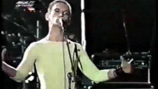 Titãs tocando as músicas Cabeça, A Face do Destruidor e Saia de mim, ao vivo no Hollywood Rock 92