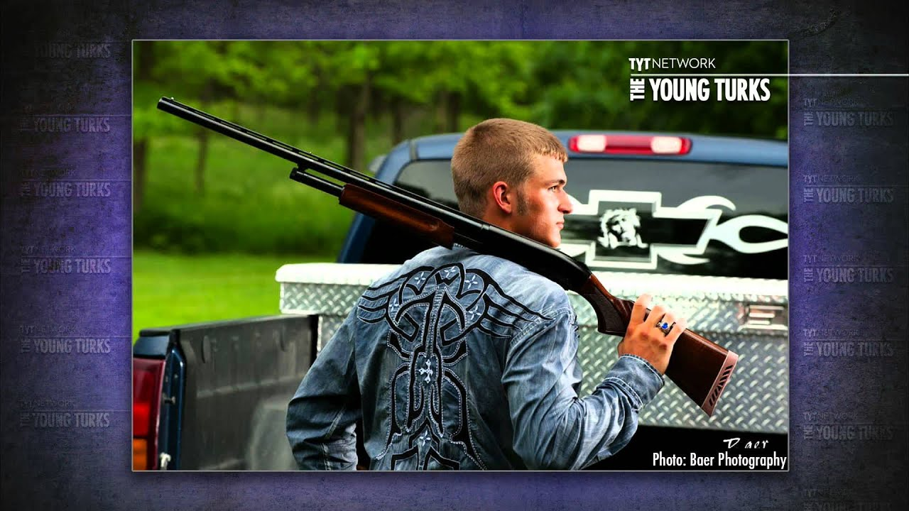 Students Pose For Yearbook Photos With Guns thumbnail