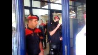 preview picture of video 'Detenció indiscriminada dels Mossos d'Esquadra a Badalona'