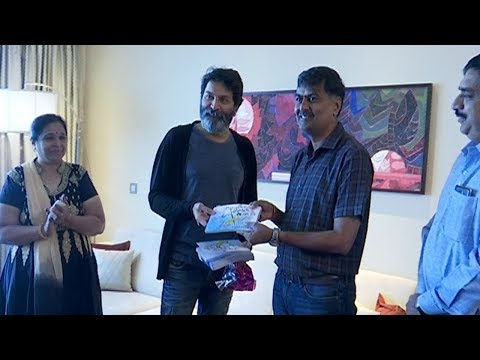 onava-cartoon-book-launched-by-trivikram