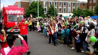 preview picture of video '2012 Olympic Torch Relay - Entertainment Parade - Welwyn Garden City, England'