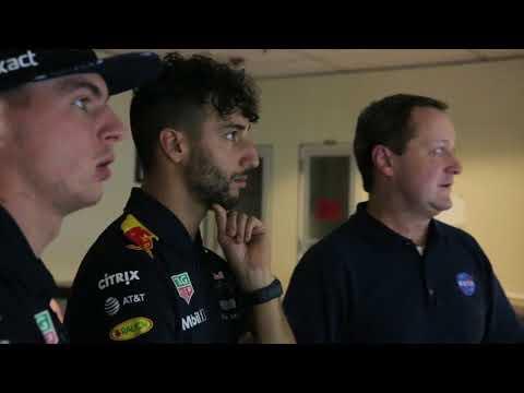 Red Bull F1 drivers visit NASA