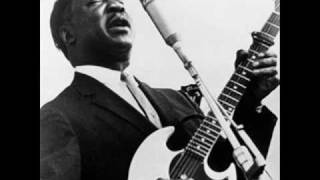 """Video thumbnail of """"Little Anna Mae : Muddy Waters"""""""