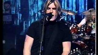 """""""Everyone"""" by Socialburn, Live on Last Call With Carson Daly (05/02/2003)"""