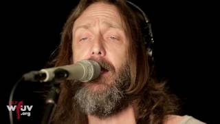 "Chris Robinson Brotherhood - ""Leave My Guitar Alone"" (Live at WFUV)"