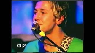 Feeder Interview and Seven Days in the Sun Live in Dublin (2001)