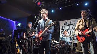 Nearly Noel Gallagher's High Flyin' Birdz - Everybody's On The Run