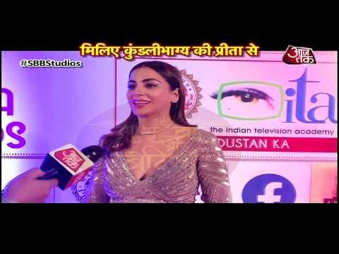 Shraddha Arya aka Preeta DAZZLE At The 19th ITA Awards 2019!