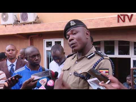Poliisi eriko obukodyo bwewadde abaddukanya amasomero okwetaasa omuliro
