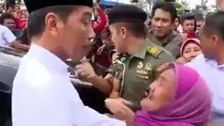 Jokowi Langsung Dipeluk Nenek Kastuni ketika Baru Saja Turun dari Mobil saat Kunjungan di Lamongan