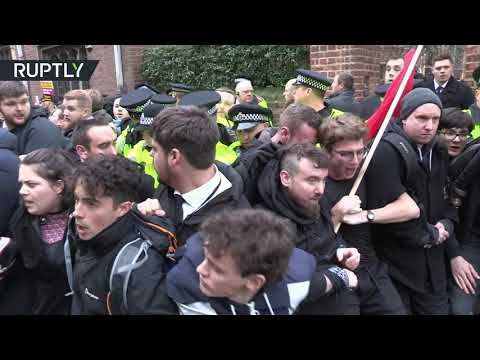 Steve Bannon appearance sparks student protest at Oxford