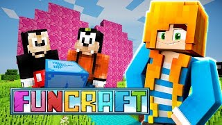 GIFTS AND PRANKS!? | Minecraft: FunCraft - Ep.01 | Marielitai Gaming