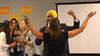 NDP leadership candidate Jagmeet Singh responds to heckler at meet-and-greet