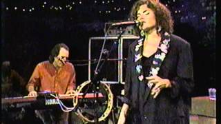 Roseanne Cash-The Way We Make A Broken Heart