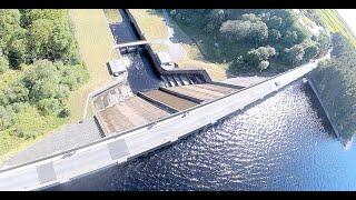 Waterworld. Thurscross reservoir dam and river Washburn Fpv Drone flight.