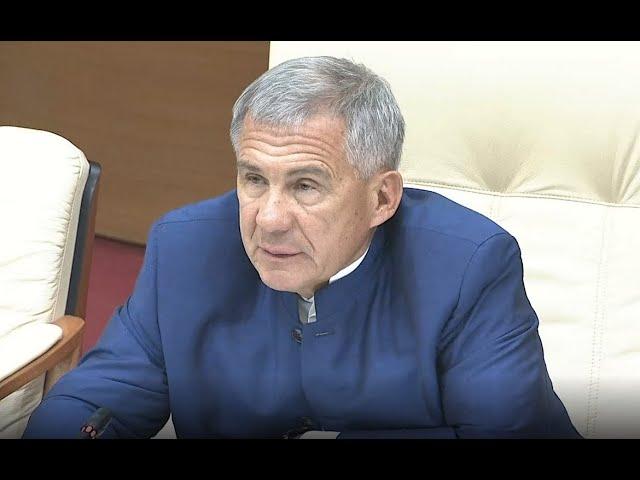 Президент РТ подверг критике муниципалитеты за состояние парков и скверов