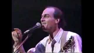 "JAMES TAYLOR  - ""Everyday"" and ""Don't Let Me Be Lonely Tonight"" BOSTON CONCERT PART 1"