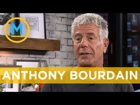 What does Anthony Bourdain cook for his family?