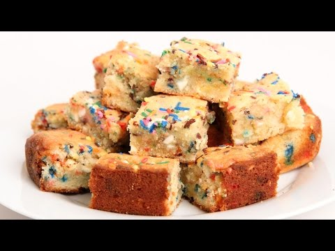 Confetti Blondies Recipe – Laura Vitale – Laura in the Kitchen Episode 908