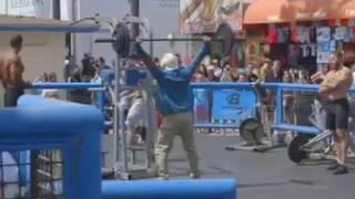 סרטון נחמד על אלוף העולם בהרמת משקולות!