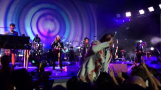 Arcade Fire - Flashbulb Eyes & Reflektor (live @ The Santa Barbara Bowl)