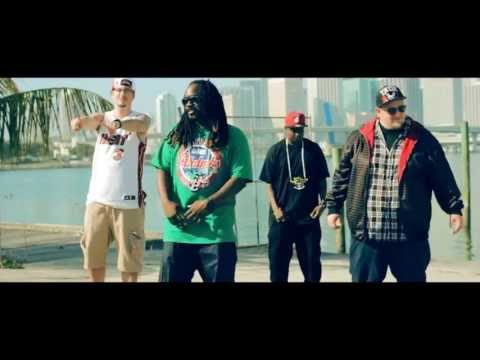 Mr Univerze feat Equalibrium - The World Around Me (Official Video)