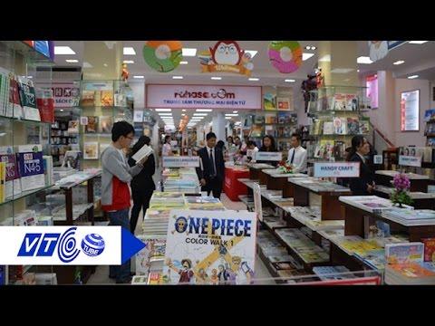 Bạn trẻ đắm chìm trong không gian sách Nhật | VTC