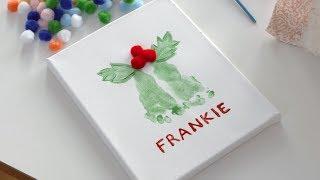 DIY Holiday Footprint Art: Holiday Mistletoe