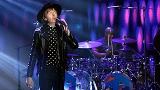 Download Youtube: Beck Performs 'Up All Night'