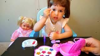 Детская косметика для девочек Детские лаки и блески для губ Распаковка Детский канал Алиса