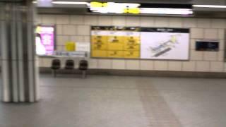 御堂筋線梅田駅を通過