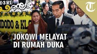Potret Jokowi saat Melayat BJ Habibie di Rumah Duka