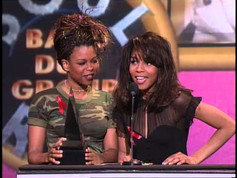 En Vogue Wins Soul/RnB New Artist - AMA 1994