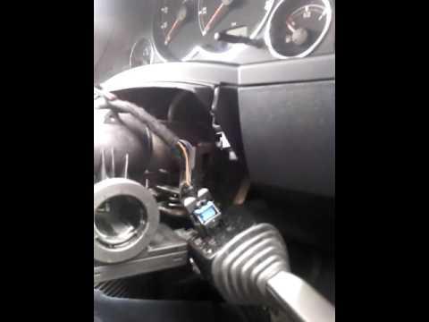 Cum sa schimbi contactul cu cheie la Opel Meriva