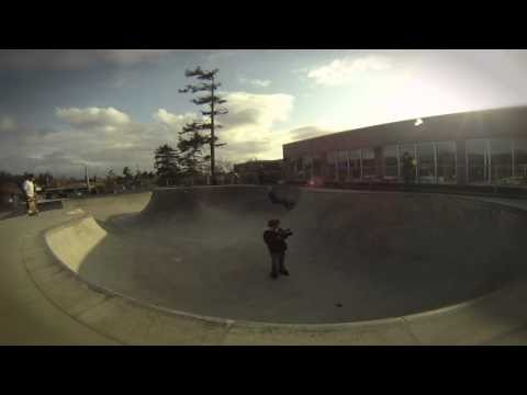 Alex Boes DESTROYS Seaside Oregon Skate Park