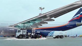 Как заправляют самолеты?