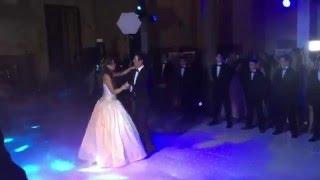 """Chayanne baila """"Tiempo de Vals"""" con su hija"""