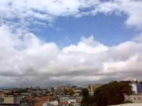 Time-lapse com nuvens tipo Stratus (St) e Stratocumulus (Sc)