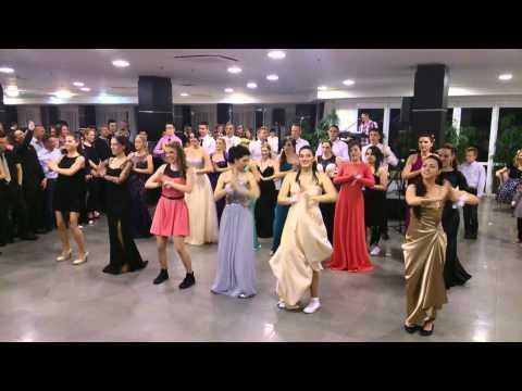 Ples koreografija maturanata